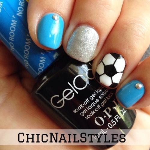 soccer nails, soccer mom